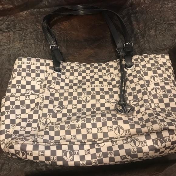 Nike Duffel Bag meet c170e c78fe  Bags Herbalife Purse Poshmark lowest  price 7f99d f6b74 ... adaa236d20